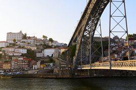 pic of dom  - view of Dom Luis I bridge in Porto - JPG