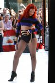 NEW YORK - MAY 27:  Singer Rihanna performs on the TODAY Show Concert Series at Rockefeller Plaza on