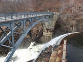 picture of crotons  - walking Bridge at dam in cortlandt ny croton gorge park - JPG