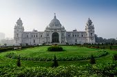 foto of reign  - Victoria Memorial Kolkata India  - JPG