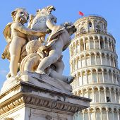 picture of putty  - The Leaning Tower of Pisa and La Fontana dei Putti Statue - JPG