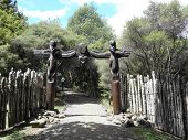 foto of mauri  - The carved entrance to the Ruapekapeka PA battle site on New Zealand - JPG