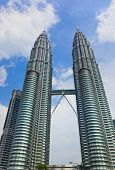 picture of petronas twin towers  - Twin towers at Kuala Lumpur  - JPG