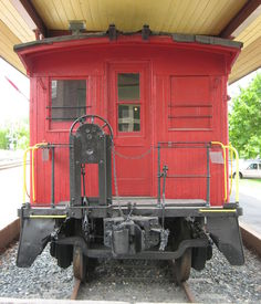 pic of caboose  - Red caboose is last car on steam locomotive - JPG