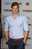 LOS ANGELES - NOV 4:  Derek Theler at the Thor: The Dark World' Premiere at El Capitan Theater on No