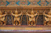 pic of garuda  - Garuda In Wat Phra Kaew - JPG
