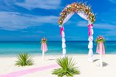 foto of cabana  - wedding arch - JPG