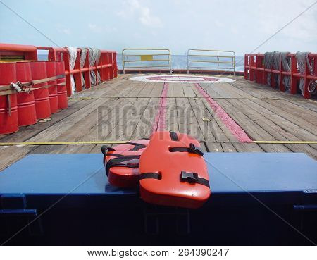 Personal Life Support Flotation Safety