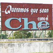 Постер, плакат: политические billboard Че Гевара Санта Клара Куба