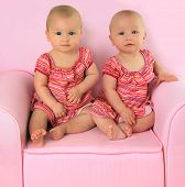 foto of identical twin girls  - Identical twin baby girls - JPG