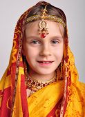 picture of sari  - close - JPG