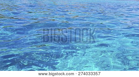 Clear Water Of Ocean Background