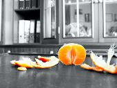 picture of decomposition  - The mandarin - JPG