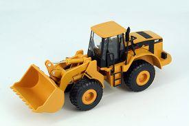 picture of dredge  - Yellow plastic dredge toy - JPG