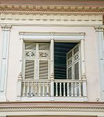 image of guayaquil  - Old 19th century balcony - JPG