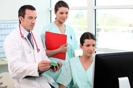 pic of medical office  - Doctor and medical assistant - JPG