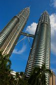 picture of klcc  - klcc twin tower - JPG