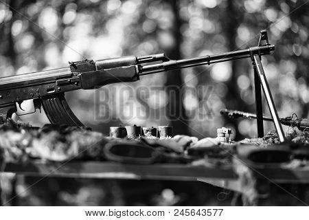 Hot Spots Fighting War Guns