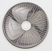 picture of air conditioner  - Condenser fan air through the use of old rust - JPG