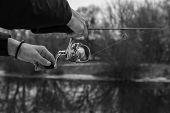 picture of fishermen  - Winter spinning - JPG