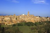 image of hilltop  - the village of Pitigliano hilltop town - JPG