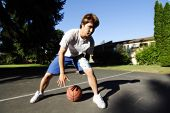picture of young boy  - A young basketball player - JPG