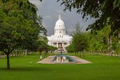 image of municipal  - The Town Hall of Colombo is the headquarters of the Colombo Municipal Council and the office of the Mayor of Colombo - JPG