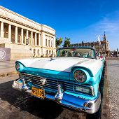 HAVANA-AUGUST 14:Vintage Ford Fairlane in front of the Capitol August 14,2012 in Havana.These old ca