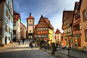 picture of medieval  - Rothenburg ob der Tauber  - JPG