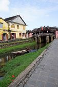 picture of covered bridge  - HOI AN VIETNAM  - JPG