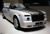 Rolls-royce Phantom Drophead Coupe At Paris Motor Show
