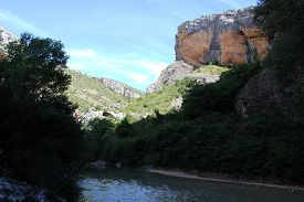 picture of zar  - Canyon of Vero river in Alqu - JPG