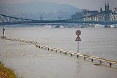picture of flood-lights  - Flood of the River Danube - JPG