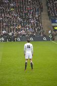 TWICKENHAM LONDON - NOVEMBER 23: Toby Flood Prepares for penalty kick at England vs South Africa, En