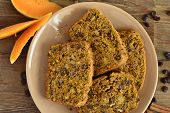 pic of pumpkin pie  - Spicy pumpkin cupcake with raisins and nuts pie - JPG