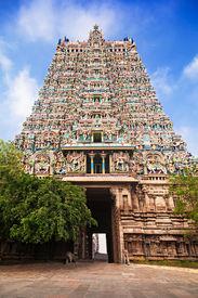 foto of meenakshi  - gopuram of meenakshi temple in madurai india - JPG