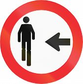 foto of pedestrian crossing  - Regulatory road sign in Chile - JPG