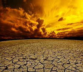 picture of cloudy  - Desert and cloudy sky scenery - JPG