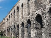 picture of aqueduct  - Side view of Valens Aqueduct in Istanbul - JPG