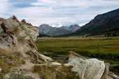 picture of beartooth  - Lamar Valley in Beartooth Wilderness in Yosemite - JPG