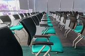 foto of training room  - Many blue chairs arranged neatly in a training room - JPG