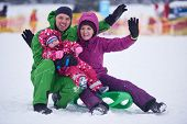 image of sled  - Winter playing - JPG