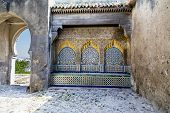 pic of nouns  - Tiled and carved alcove in Casbah - JPG