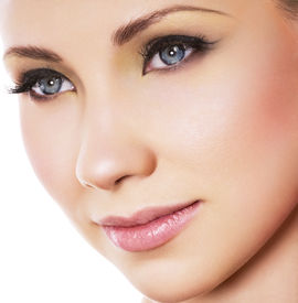 pic of beautiful woman face  - Woman face with beautiful makeup - JPG