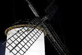 Постер, плакат: Ветряная мельница в ночное время Испания