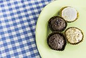 image of sweetie  - Brazilian sweeties on a green plate - JPG