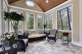 foto of residential home  - Sun room in luxury home with circular window - JPG
