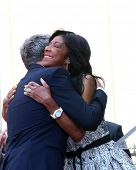 LOS ANGELES - MAY 31:  David Foster, Natalie Cole at the David Foster Hollywood Walk of Fame Star Ce