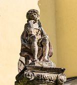 pic of sorrow  - Sculpture of Jesus Christ sorrowful - JPG