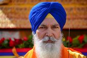 picture of turban  - Los Angeles CA  - JPG